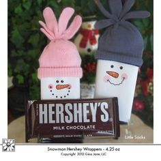 Hershey Chocolate Bar - 4.25oz - Snowman Candy Bar Wrappers - Printable Snowman Wrappers with gloves for hats. Gina Jane Designs - DAISIE Company