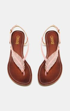 Pink feather sandal