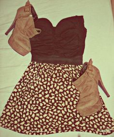 Want, want, want! I'd love to work this outfit. It's a perfect date outfit.