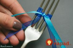 tiny-bow-on-the-fork09