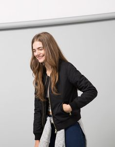 Bomberjacke aus Nylon von BSK - Back to School - Bershka Germany