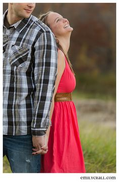Fossil Gorge Engagement by Emily Crall Photography #Iowa #engagement #photography