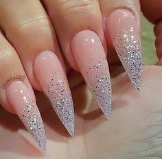 cute nails stiletto nails, stelleto nails и nai Stelleto Nails, Love Nails, Fun Nails, Coffin Nails, Nagel Bling, Stiletto Nail Art, Stiletto Nail Designs, Simple Stiletto Nails, Stiletto Shaped Nails