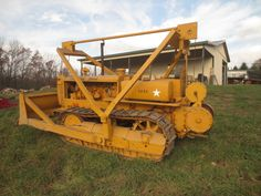 Rare 1939 Crawler Tractor used for sale Caterpillar D4, Caterpillar Equipment, Antique Tractors, Vintage Tractors, Toyota 4runner, Tacoma Toyota, Earth Moving Equipment, New Tractor, Welding Rigs