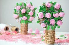 Różane drzewko, drzewko DIY z rolki, przestrzenne drzewko, drzewko 3D, prace plastyczne, kreatywne prace plastyczne, pomysł na prezent, moje dzieci kreatywnie.