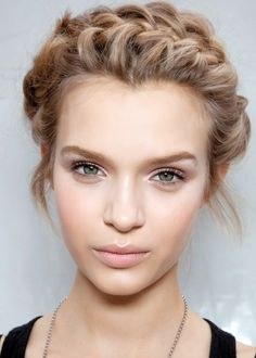 Nude Makeup and Loose Braided Crown for Brides
