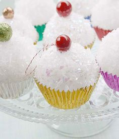 Cupcake Christmas ornaments. google chrome translates the directions into english.