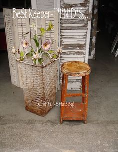 BeSt Keeper F*I*N*D*S...  ViNtaGe Tole, Rusty Wire Basket, Rusty Stool...  ChiPPy!-SHaBBy!