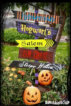 October is the month for all things spooky, and this year I made a fun sign for the front yard. This was a super easy project that I made for FREE using scrap wood I had on hand along with paint an…