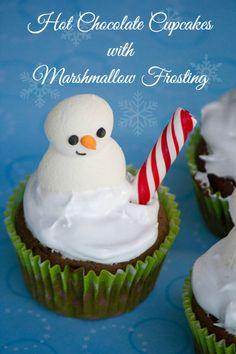 Hot Cocoa Cupcakes with Marshmallow Frosting #SweetEatsHolidayTreats #cupcakes #cupcakeideas #cupcakerecipes #food #yummy #sweet #delicious #cupcake