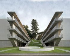 Könz Architetto, Casa dell'Accademia – The Accademia Residences provide student housing for the international architecture school in the small town of Mend. Swiss Architecture, Futuristic Architecture, School Architecture, Contemporary Architecture, Amazing Architecture, Lugano, Sou Fujimoto, Walter Gropius, Student House