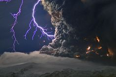 Eyjafjallajökull, Iceland - lightning caused by electrical discharge within the ash column by Marco Fulle