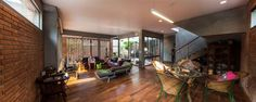 Ngamwongwan House / Junsekino Architect and Design Marco de ventana