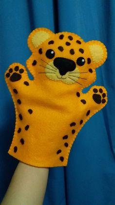 Felt Puppets, Puppets For Kids, Felt Finger Puppets, Felt Animal Patterns, Stuffed Animal Patterns, Animal Crafts For Kids, Art For Kids, Felt Fish, Operation Christmas Child
