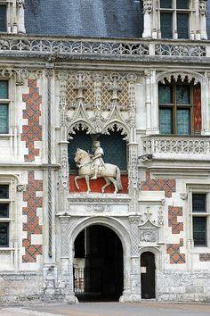 France Loire et Cher Blois Chateau Entree Monuments, Palaces, Chateau De Blois, Charles Viii, Louis Xii, Loire Valley France, French Castles, Chapelle, France Travel