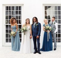 Putting the finishing touches on your winter 2015/16 wedding? Then today's gorgeous editorial really couldn't have come at a better time! The team who pulled this pretty scene together (the crew at Flowers by Milk & Honey), drew inspiration from the earthy beauty, tonal quality and shimmering iridescence of geodes, quartz, raw gemstones and natural minerals. Those organic elements...