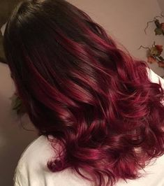 12 Burgundy & Maroon styles That Scream Wao burgundy hair ombre - Ombre Hair Burgundy Hair Ombre, Maroon Hair Colors, Dyed Hair Ombre, Fall Hair Colors, Ombre Hair Color, Hair Colours, Red Hair, Platinum Blonde Balayage, Platinum Hair Color