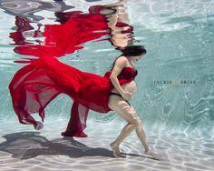 Miami underwater photographer. Underwater maternity. Miami Fl.  #underwaterphotographer https://www.facebook.com/jcaphotography.miami/