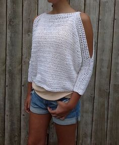 Crochet Patterns Clothes Ravelry: Lily of the Valley Top pattern by Camelia Mit Crochet Pattern - Lily of the Valley Sweater/ Open Shoulders Cropped Jumper/Easy Handmade Top/ Oversized Pullover This modern rustic cropped sweater is a quick and easy p Pull Crochet, Mode Crochet, Easy Crochet, Knit Crochet, Crochet Tops, Crochet Skirts, Unique Crochet, Blouse Au Crochet, Black Crochet Dress