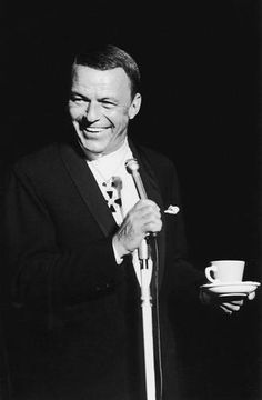 ~ Frank Sinatra on stage in 1968 ~