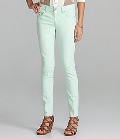 Gibson and Latimer Skinny Colored Pants - versatile summer pants
