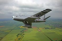 USAF F-86A Sabre ...  =====>Information=====> https://www.pinterest.com/pat762/avion/