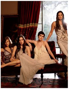 Demi Moore ✾ & her beautiful daughters Rumer, Scout & Tallulah (Dad is Bruce Willis) Demi Moore, Rumer Willis, All In The Family, Celebrity Couples, Celebrity Daughters, Famous Stars, Famous Couples, Family Affair, Hollywood Celebrities