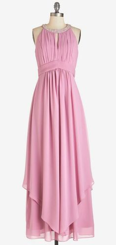 Dancing Cheek to Sleek Dress in Dusty Rose Patrones De Moda, Mejor Vestido, Vestidos De Noche, Estilo Femenino, Vestidos Elegantes, Moda Femenina, Costura, Lindo Vestido Maxi, Falda Del Vestido