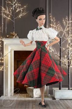 Even dolls get dressed up in Christmas Tartan. Vintage Barbie Clothes, Doll Clothes Barbie, Barbie Doll, Barbie Gowns, Barbie Dress, Tartan, Red Plaid, Christmas Barbie, Do It Yourself Fashion