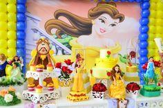 Resultado de imagem para a bela e a fera festa provençal