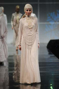 Irna-La-Perle-Muslim-Wedding-Gowns-Collection-20132