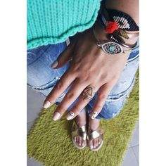 Summer colour trends  #nails #artnails #eye #summerinspo #summervibes #bracelet #bangles #gold #jewellery #accessories #fashion #instafashion #stylish #accessories #picoftheday #inspiration #beinspired #mystyle