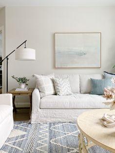 Home Remodel Shower 2019 Best Selling Items Room Interior Design, Living Room Interior, Living Room Chairs, Living Room Decor, Bedroom Decor, Interior Livingroom, Living Room Artwork, Interior Colors, Interior Modern