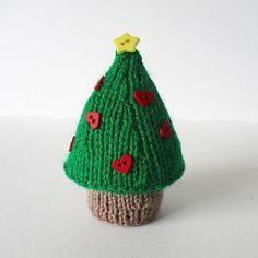 Christmas Tree in DK Amanda Berry - Digital Version