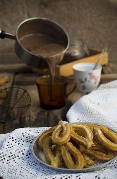 Churros con chocolate fáciles | por GastroAndalusi