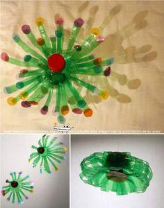 Adornos de navidad reciclados con botellas de plastico 1