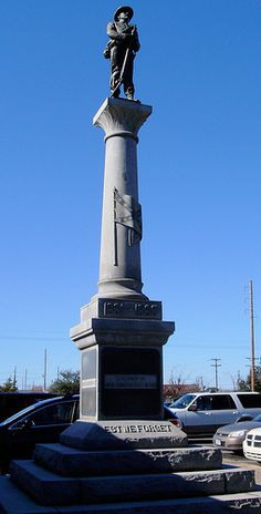 Located on the grounds of the Harrison County Courthouse Confederate Statues, Confederate Monuments, Confederate States Of America, America Civil War, Southern Heritage, Southern Men, Southern Pride, Southern Style, Us History