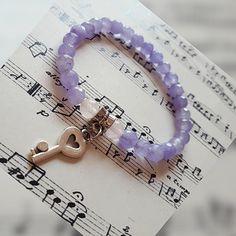 Náramok z ametystu. Ametyst - ochranný kameň proti urieknutiu. Vnáša stabilitu a harmóniu do vzťahov Bracelets, Handmade, Jewelry, Bangles, Hand Made, Jewlery, Jewels, Bracelet, Craft