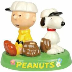 Charlie Brown and Snoopy Baseball In Tray Salt and Pepper Shakers by Westland Giftware. $10.98