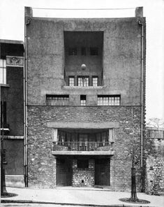 The Tristan Tzara House by architect Adolf Loos was built in Montmartre, Paris, France in Art Et Architecture, Architecture Details, Classical Architecture, Art Deco, Tristan Tzara, Famous Architects, Le Corbusier, Brutalist, Versailles