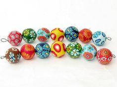 Tolle handgefertigte sommerliche Perlenunikate erhähltlich auf Dawanda für alle Kreativen die Ihren Schmuck gern selbst gestalten.