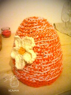 Hand Made Beenie with natural woll and acryl, soft and windproof.