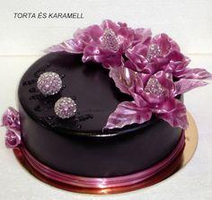 torta és karamell: Eszter személyre szabott tortája...