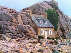 French Beach House Fairytale Cottage Unusual Homes Casa Linda Stone