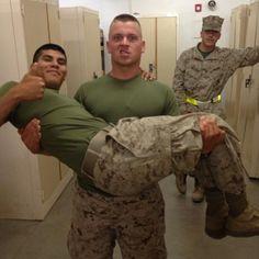 Sexy Military Men, Hot Cops, Us Marines, Semper Fi, Men In Uniform, Muscular Men, Young Adults, Adults Only, Hot Men
