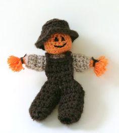 Curly Girl's Crochet Etc.: Free Halloween Amigurumi Patterns