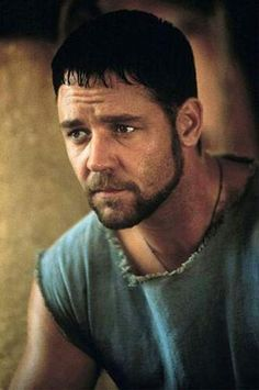 Russell Crowe as Maximus Decimus Meridius in Gladiator Russell Crowe Gladiator, Gladiator Movie, Gladiator 2000, Gladiator Maximus, I Movie, Movie Stars, Eleanor Of Aquitaine, Sean Patrick Flanery, Hollywood