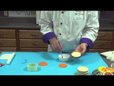 Halloween Stenciled Cookies with Chef Alan Tetreault, Global Sugar Art