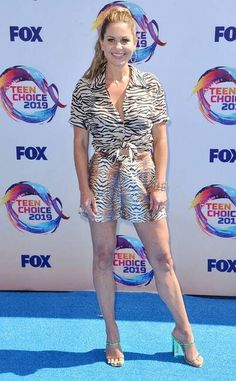 Candace Cameron-Bure from Teen Choice Awards Red Carpet Fashion In Le Superbe with Hearts On Fire jewelry Candace Cameron Bure, Candice Cameron, Famous Celebrities, Celebs, Dj Tanner, Sky Brown, Teen Choice Awards, Fire Heart, Prabal Gurung