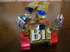 Recycled Art - Tin Can Sculptures pixar Wall-e Walle